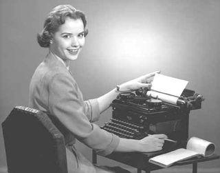 Woman_at_typewriter-721212