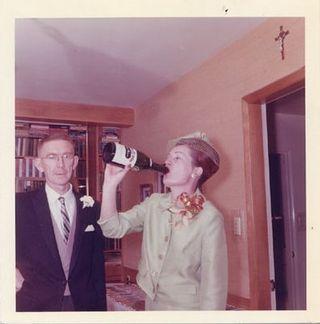 Vintage_champagne_guzzling