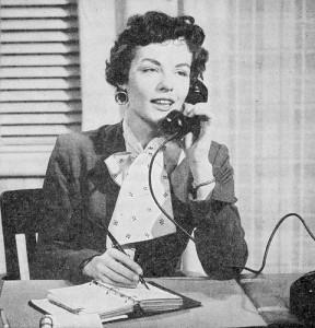 Receptionist-on-phone-288x300