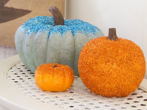 Original_Layla-Palmer-Halloween-Beauty-Glitter-Pumpkins-wide_s4x3