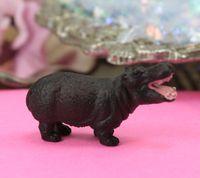 240-3022 - Happy Hippos - 01