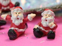 205-5794 - Sitting Santas 2013-09-27 03.36.16