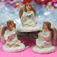 205-83827A - Angel with Heart (4)
